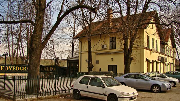 Zgrada starog Samoborskog kolodvora u Adžijinoj ulici [GP 2011.]