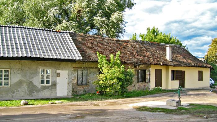 Ostaci stare Knežije uz Savsku cestu [2003.]