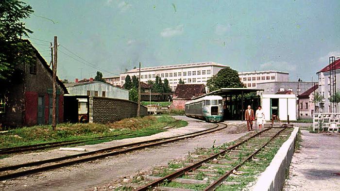 Na novom zagrebačkom Samoborskom kolodvoru; Snimljeno 60-ih; Preneseno s Foruma Kluba ljubitelja željeznica