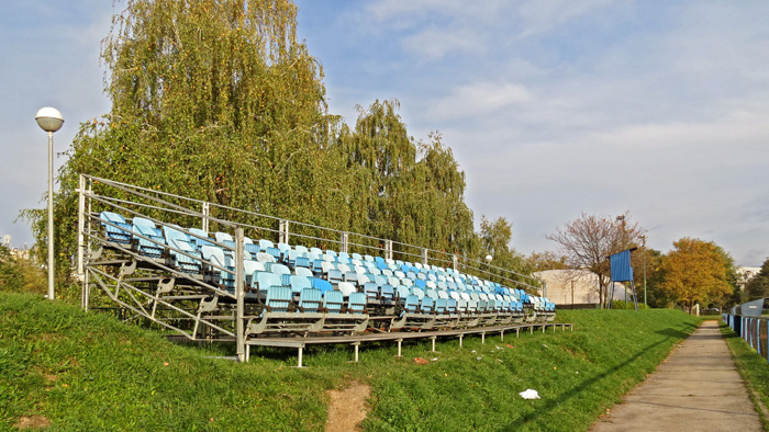 """Gledalište uz igralište NK """"Prečko"""" [VR 2013.]"""