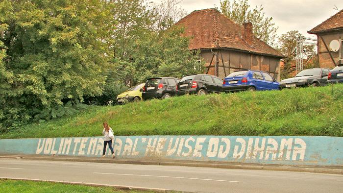 Grafit na podzidu autobusne stanice u Magazinskoj uici [GP 2013.]