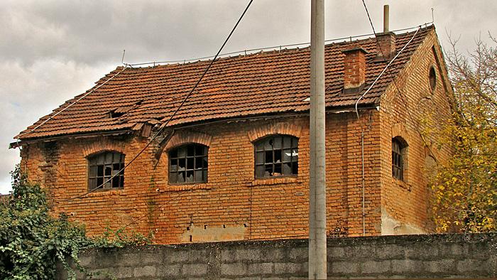 Polunapušteni ostaci ljevaonice u Adžijinoj ulici [GP 2013.]