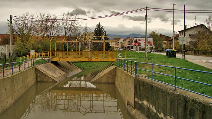 Most preko Kustošaka za Lazinsku ulicu u Rudešu [GP 2013.]