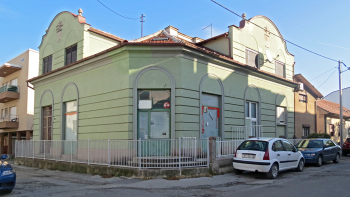 Nekadašnja trgovina u Modruškoj ulici [VR 2013.]