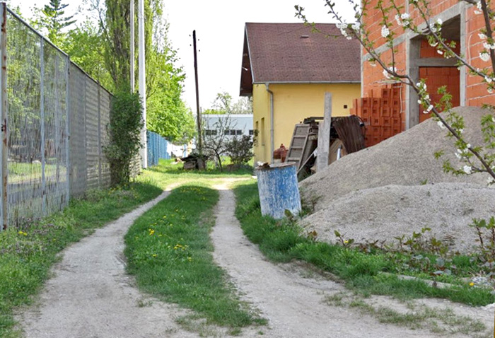 Neasfaltirana Gaboška ulica [VR 2013.]