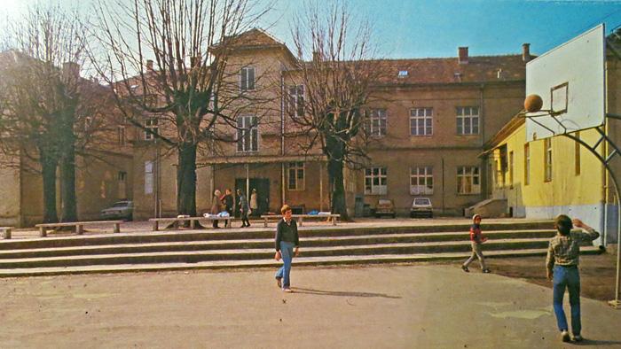 """Osnovna škola na Horvaćanskoj cesti - preneseno iz knjige """"Crvena Trešnjevka"""""""