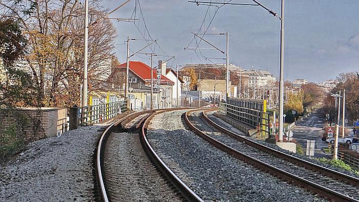 Nadvožnjak Savska cesta – Koturaška ulica, pogled prema Glavnom kolodvoru [MS 2013.]
