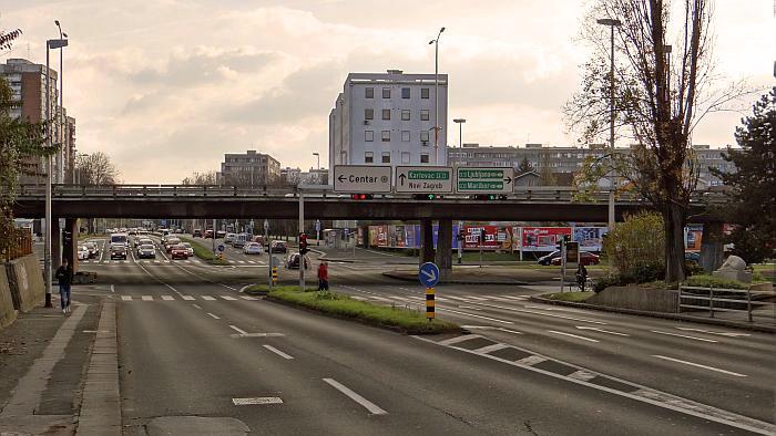 Nadvožnjak Zagrebačke avenije preko Selske ceste – pogled sa sjevera [MS 2013.]