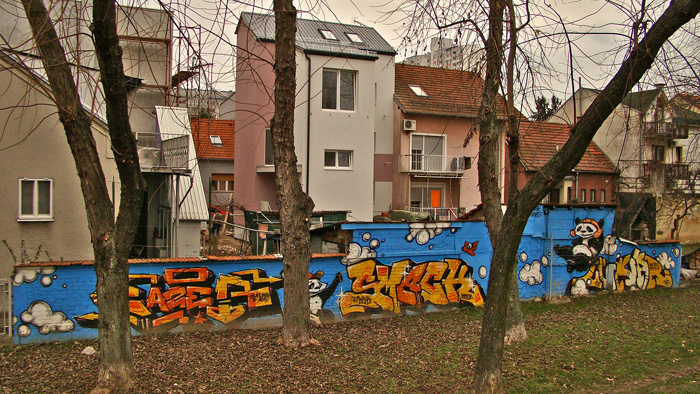 Grafit s pandama (by Lunar) uz Zagrebačku aveniju kod Loparske ulice [GP 2014.]