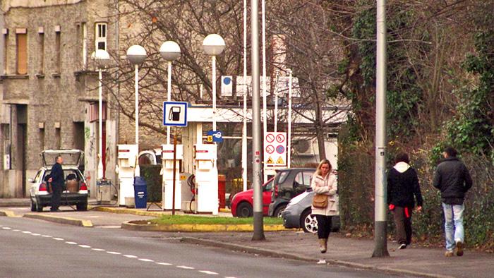 Benzinska pumpa u bivšoj Kate Dumbović za prodaju D1 goriva [GP 2014.]