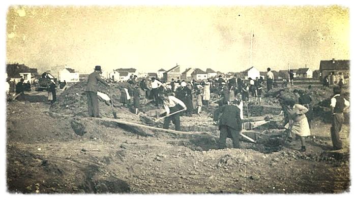 """""""Dobrovoljne"""" radne akcije na Trešnjevci (?) krajem 40-ih (autor nepoznat)"""