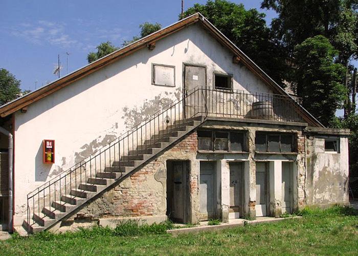 """""""Vagonski"""" tip """"gradske kuće"""" u Meršićevoj ulici [VR 2014.]"""
